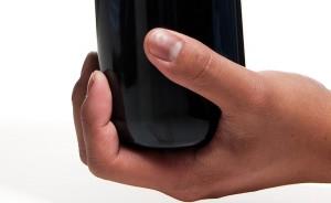 Segure firmemente a garrafa