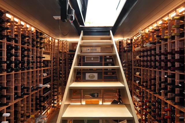 50 ideias de adegas para sua casa vinhopedia a for Cost to build a wine cellar
