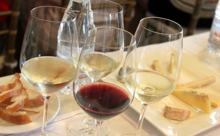 Regras de combinação de vinho com comida